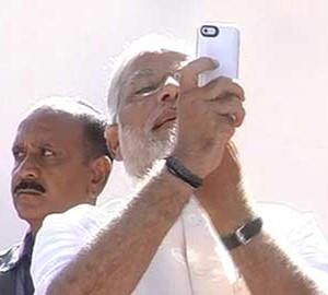 Modi_selfie_360x270_story