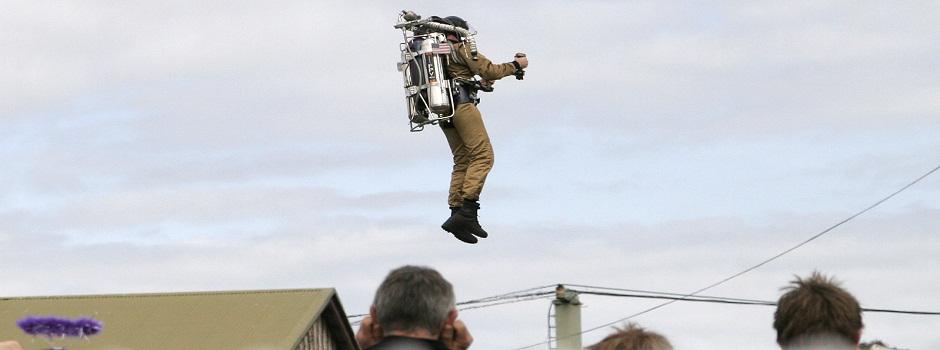 Rocket_man02_-_melbourne_show_2005